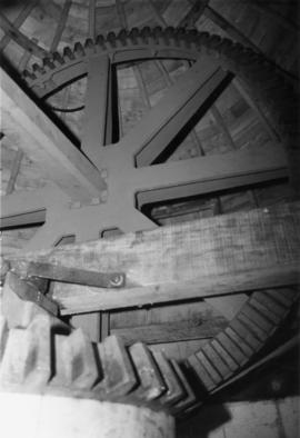 Ellis' Mill (with Subscription Mill) Windshaft and brake wheel