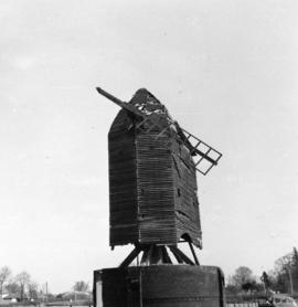 Post mill, Lowfield Heath, in a ruinous condition