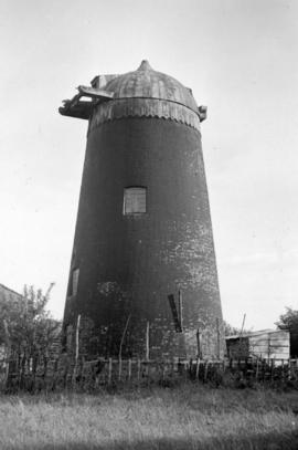 Tower mill, Great Horwood