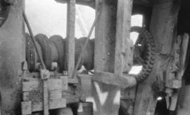 Wooden worm gear to fantail drive, Old Mill, Preston next Wingham