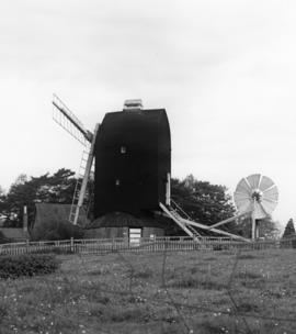 New Mill, Henfield, missing one sweep