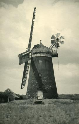 Tower mill, Hemingford Grey