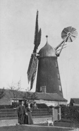 Tower mill, Misterton, with family