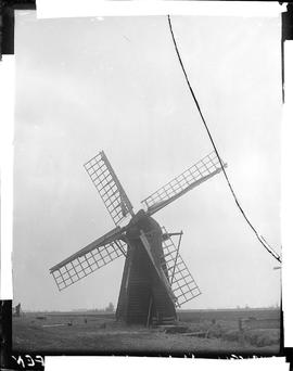 Unknown smock mill Fenland, Cambridgeshire