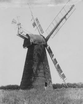 Bekesbourne Mill, Adisham, showing damage