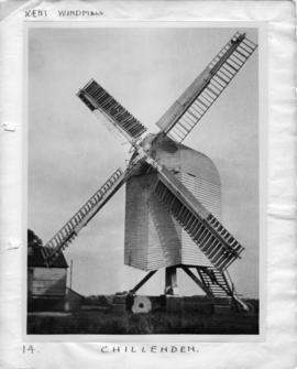 Post mill, Chillenden, full height with child for size comparison
