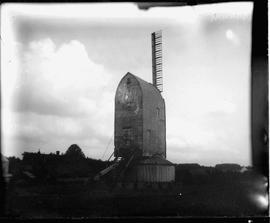 Rockhill Mill, Burwash, showing one sail