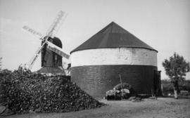 Roundhouse with New Mill in background