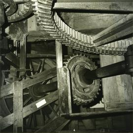 Auxiliary drive gear to great spur wheel, Davison's Mill, Stelling Minnis