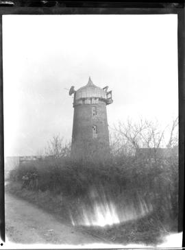 Tower mill, Hildersham, with no sweeps