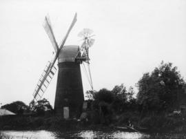 Hunsett Mill, Stalham, in working order