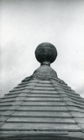 Top of cap, King's Mill, Shipley