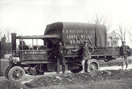 Steam lorry of S. M. Soundy and Son, Abbey Mills, Reading