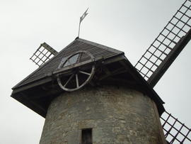 Knowle Mill, Bembridge, showing winding wheel