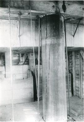 Interior post, Bocking mill