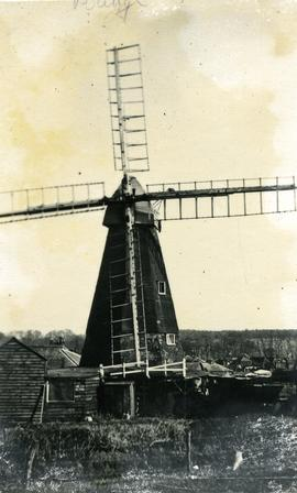 Smock mill, Bridge