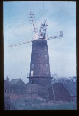 Tower mill, Stallingborough, in working order