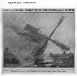 """Famous windmill destroyed by fire"""