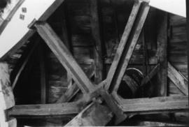 Brakewheel and windshaft, Ripple Mill, Ripple
