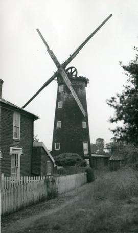 High Street Mill, Wicklewood, without cap or sails