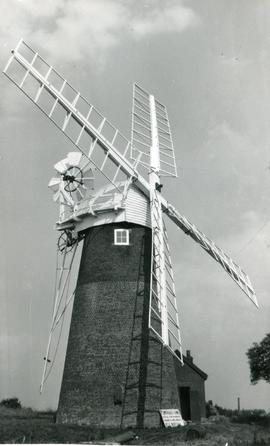 Close-up view, Stracey Arms Mill, Tunstall