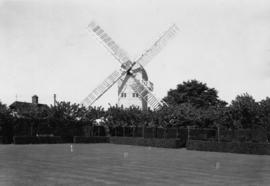 Stocks Mill, Wittersham, with croquet lawn in foreground