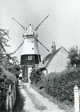 Impington Mill, Histon and Impington, with no sails
