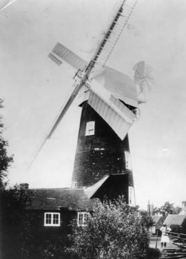 Walter's Mill, Mark Cross, in working order