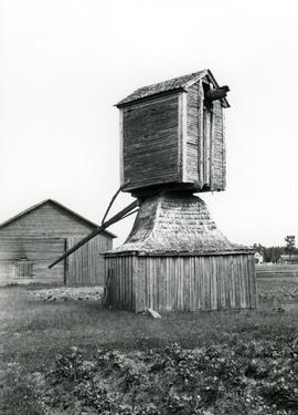 Chicken-hawk mill at Lohtaja, South Bothnia