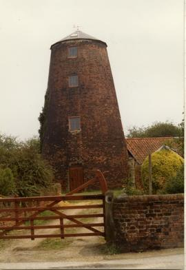 House conversion, tower mill, Blundeston