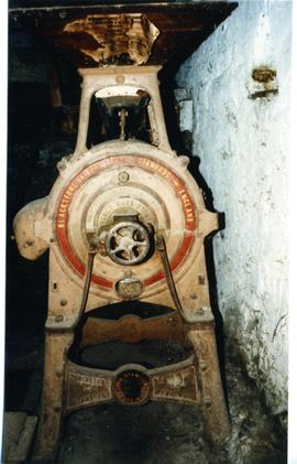Photograph of a vertical millstone, Compagnes Drift Mill, Botrivier, Cape Province, South Africa