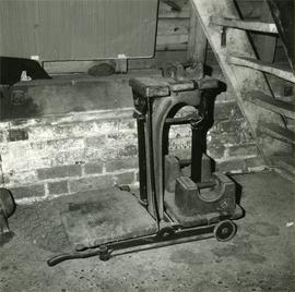 Sack weigher on ground floor, Davison's Mill, Stelling Minnis