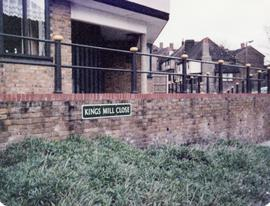 Roadsign for Kings Mill Close