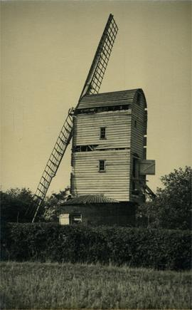 Composite Mill, Monk Soham, with only two sails