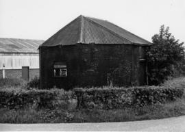 Roofed base, smock mill, Aldington