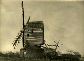 Aythorpe Roding postmill and roundhouse, Essex