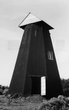 Smock mill, Chislet, with triangular cover