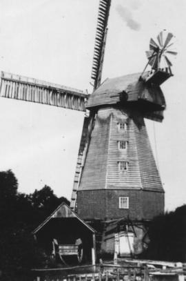 Town Mill, Biddenden, showing shed with cart inside