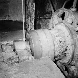 Detail of wheel shaft gudgeon, Grimstone Mill, Stratton