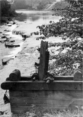 Weir with sluice gears in foreground, Demesnes Mill, Barnard Castle