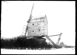 Post mill, Garboldisham, derelict