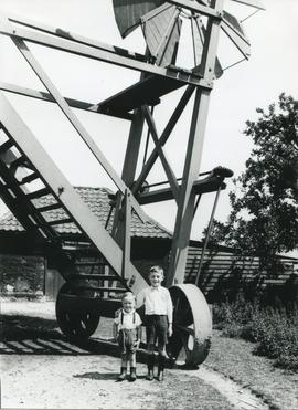 Ralph and Derek Bryant, Upthorpe Road Mill, Stanton