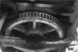Great spur wheel and stone nut, Old Mill, Northbourne