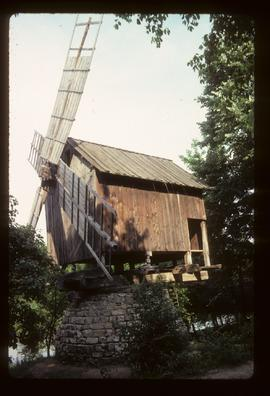Preserved post/hollow-post mill with sails