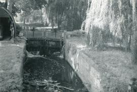 Lock on the River Gipping, watermill, Baylham