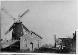 Tower mill, Buxhall, with building