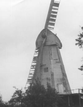 White Mill, Bethersden, showing damaged sails