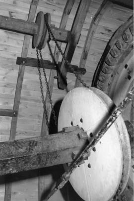 Chain drive to sack hoist, post mill, Chillenden