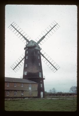 Tower mill, Caston, derelict, with cap and sails