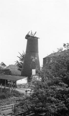 Thanet Mill, Northwood, Ramsgate, with demolished cap